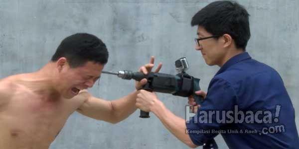 Zhao Rui si Manusia Kepala Baja Dari Cina, Kung-Fu Master! http://goo.gl/yjn5aR