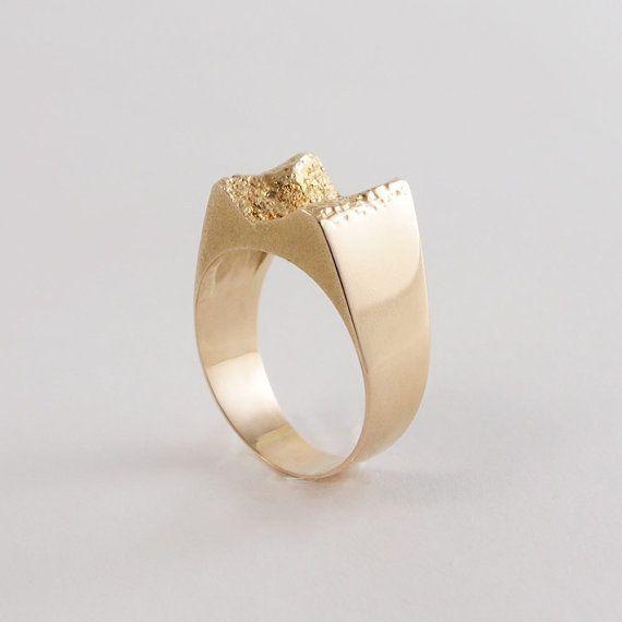 Ring Lapponia, finland Bjorn Weckstrom, modernist    1970 - gold - signed 585 - 14 k