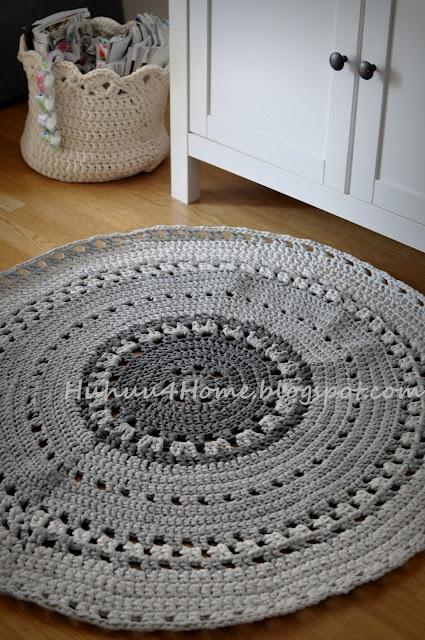 Crochet rug & basket