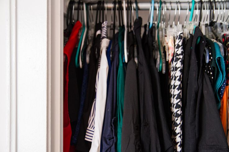 how to get rid of the musty smell in a clothes closet closet how to get and clothes. Black Bedroom Furniture Sets. Home Design Ideas