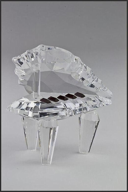 Crystal Piano Ornament. Do you play Mozart, this is the ornament for you.