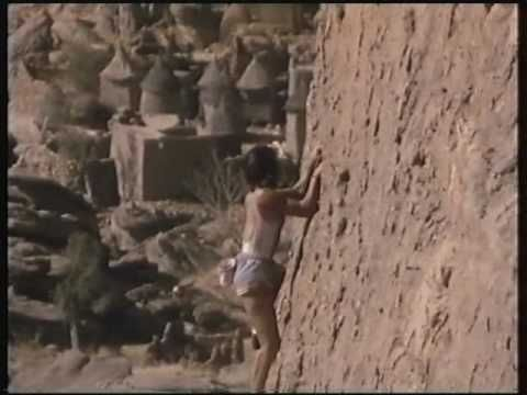 Unbelievable solo rock climbing woman.  (no ropes)