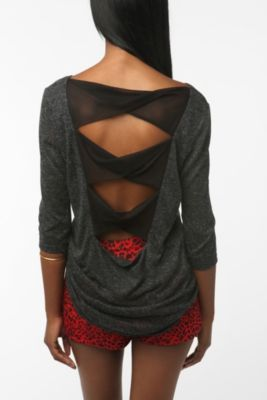 <3: Fashion, Twists, Urban Outfitters, Style, Clothes, Dream Closet, Bow Tops, Bows, Tela Twist