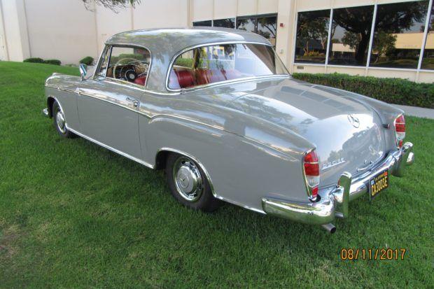 1960 Mercedes-Benz 220SE Ponton Coupé | Bring a Trailer