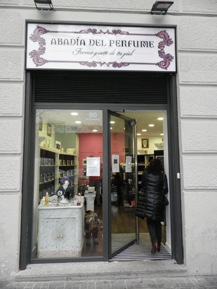 Puerta al diseño y la creación de perfumes personalizados.