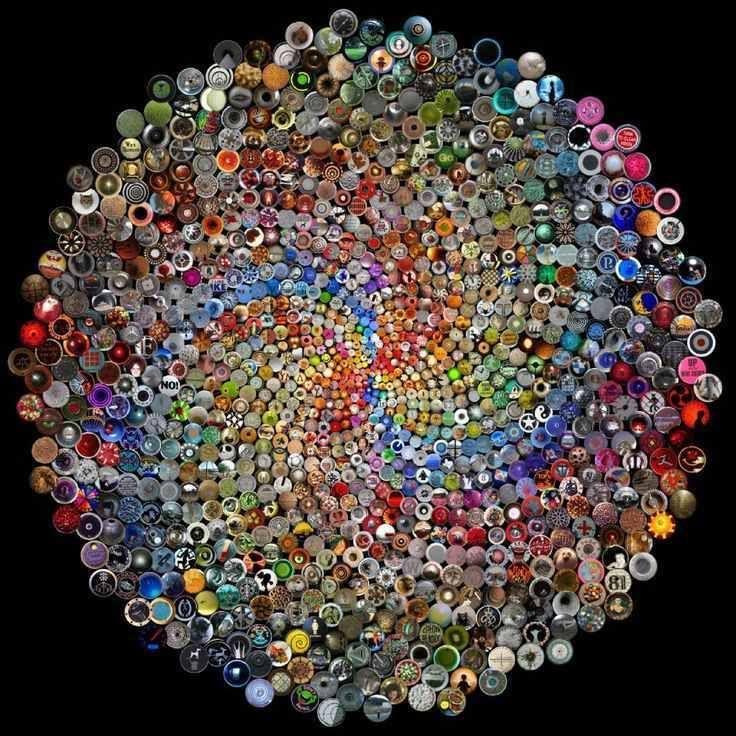 Button Art 5.  Mandala.  Artist unknown.  http://lifeslearning.org/    Join us on Facebook at: www.facebook.com/LifesLearningForEveryone Twitter: @sapelskog