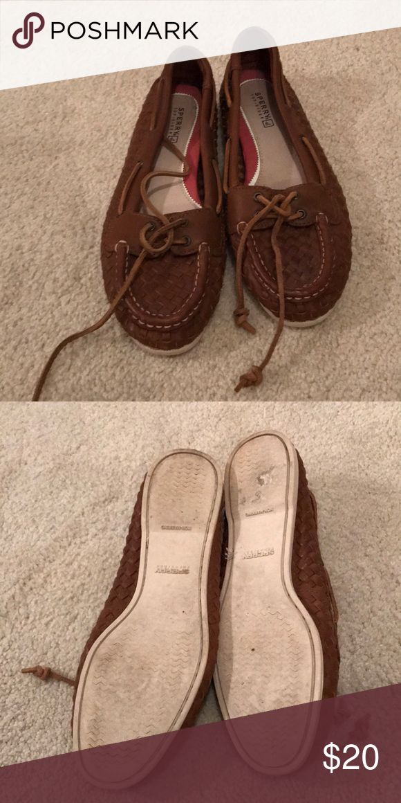 Sperry loafer Sperry loafer with Woven leather size 7 1/2 Sperry Shoes Flats & Loafers