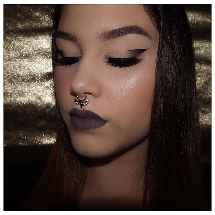 Chloe Wearing Our Rih Rih Faux SeptumTap The Pic & Follow Her .  #Toronto #NoLxbels #Tdot #DowntownLife #Lifestyle #Clothing #Jewelry #Fashion #OnlineShopping #InstaFashion #Streetwear #HipHop #Like4Like #LikeForLike #Follow #FollowForFollow #Love #InstaGood #Hollywood #KylieJenner #Kardashians #416 #FauxSeptums