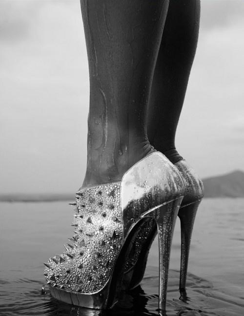 Kinky: Fashion, Spikes, Girl, Shoe Fetish, Style, High Heels, Christian Louboutin, Shoes Shoes
