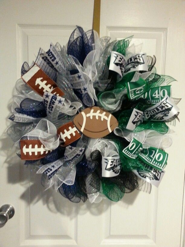 House divided wreath, Cowboys and Eagles,  made by That's Crafttastic