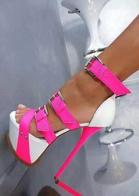 1000  images about Stillettos on Pinterest   Sexy 7 inch heels