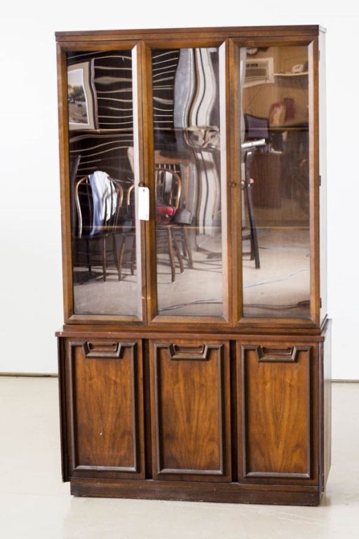China cabinet wholesale barn pinterest for Chinese kitchen cabinets wholesale