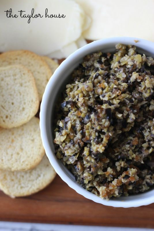 Olive Tapenade - great entertaining recipe for parties!