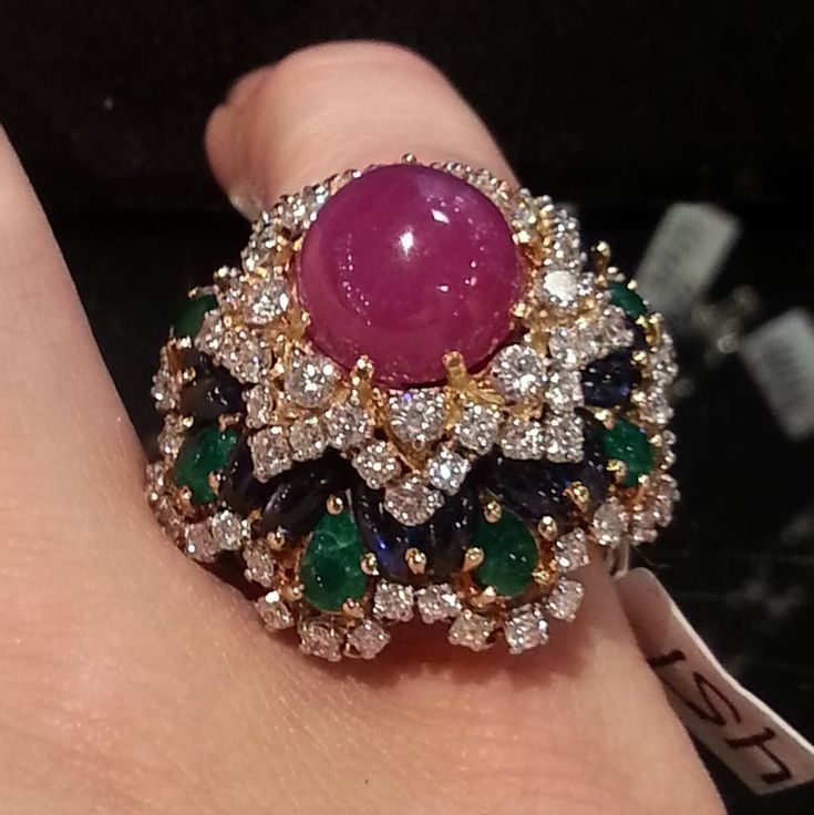 michellealdag#Auction preview at #Skinner in #boston this #colorful #gemstone #diamond #gold #ring is by #cartier #cartierjewelry #gobold #ruby #emerald #sapphire #diamonds #goldring #gemstones #importantjewels #glam #finejewelry