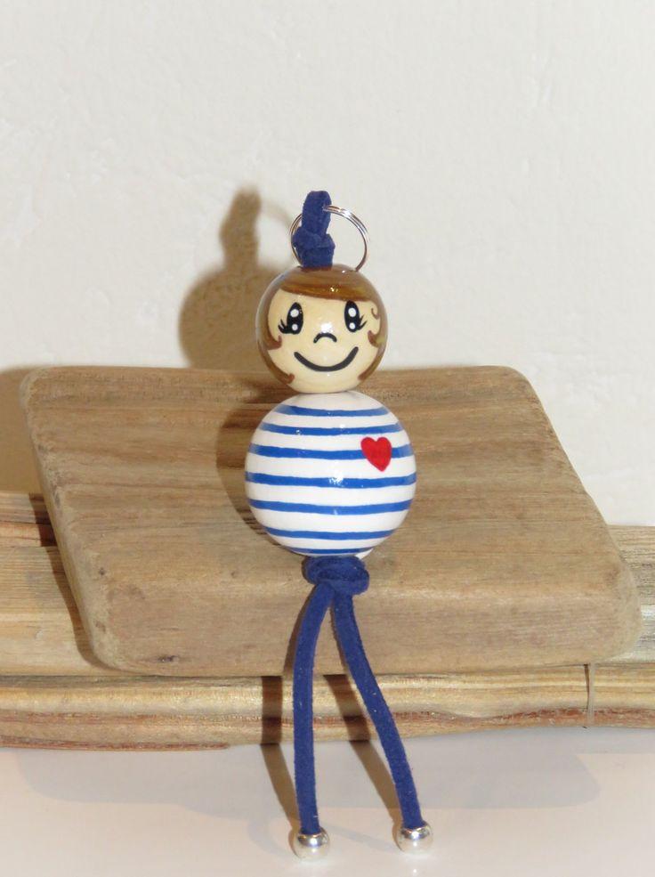 """Porte clé- bijou de sac - bonhomme en marinière - en perles de bois """"billes de sourires"""" figurine entierement peinte à la main et personnalisable : Porte clés par pimprenelle-coccinelle-creations"""