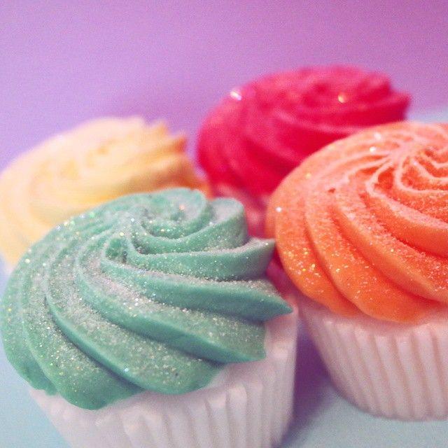 Cupcake SOAPS with glitter!!!!! #beauty #cupcakesoap #cupcakes #cute #kawaii #soap #MargaritaBloom #bath #body #glitter