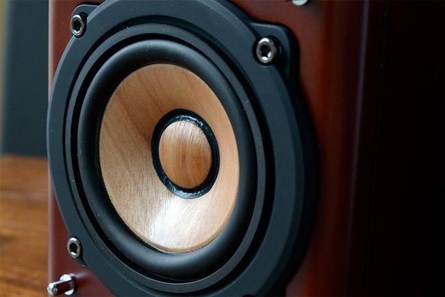@DIME アットダイム|ジャンル|AV・デジカメ|デスクトップで森林浴気分!JVCの小型スピーカー『SX-WD11』