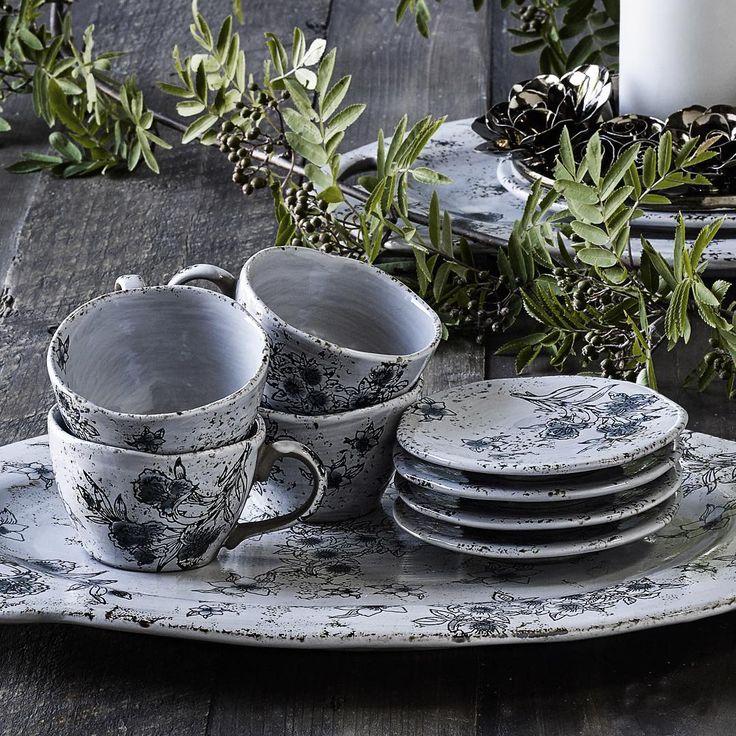 Flowery Tableware - www.nordal.eu #nordal #interior #tableware #flower #nordicdesign #kitchen #nordicinspiration @nordal_interiors