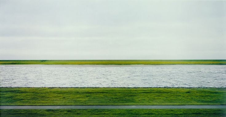 Andreas Gursky, Rhein II [1999]
