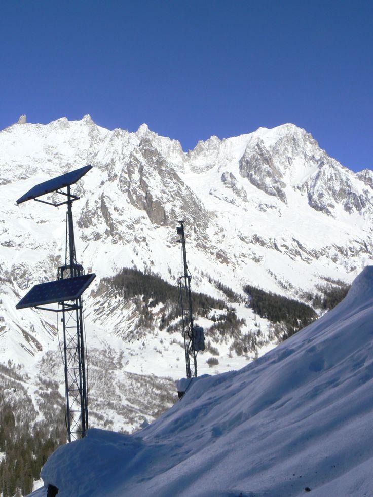 Monitoring landslides in Aosta Valley