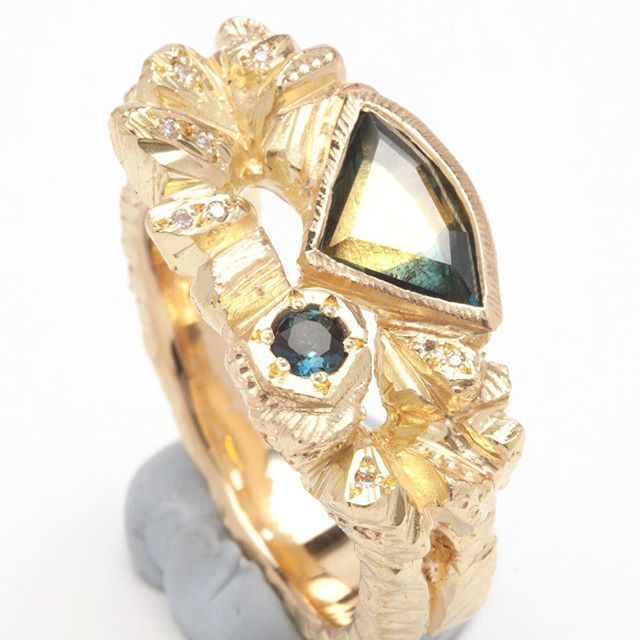 Today this EPIC commission was collected. This is Dale's sea wizard ring. 18ct yellow gold, tourmaline, sapphire and diamonds.  What a fun time it was making this! ✨💎🐠