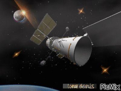 Hubble Space Telescope,animation,digital art,3d,univers,tonydanis