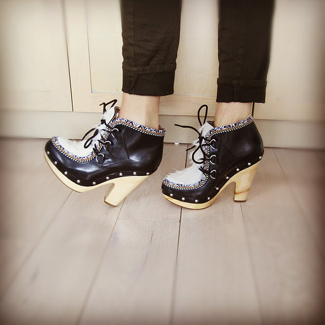 belle by sigerson morrison eskimo boot