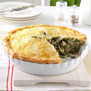 Italian Sausage and Spinach Pie - this is so hearty for winter, and leftovers freeze really well.
