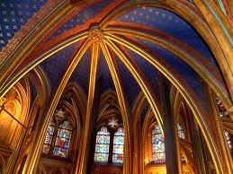 Ik ben niet gelovig, behalve die keer dat ik in Parijs in de Sainte Chapelle stond...