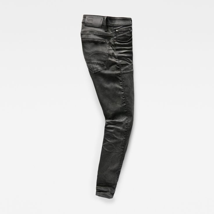 The G-Star 3301 is a style neutral jean with classic 5-pocket construction.