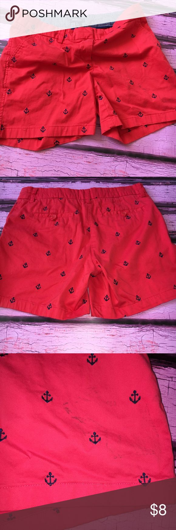 British Khaki Red Shorts W/ Navy Anchors The shorts are really cute, and a great shade of red. Very light fading. The left side portion of the short has some black stains where I inadvertently rubbed against my car, and could not get it off. For some knock around shorts, these are perfect. Throw them on top of your bikini and head off to the beach. Bundle and save. British Khaki Shorts