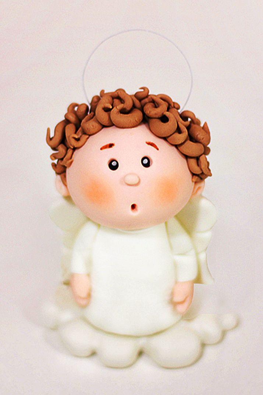 Hoy te contamos paso a paso y con todo detalle cómo modelar un ángel en pasta de azúcar. No te lo pierdas!