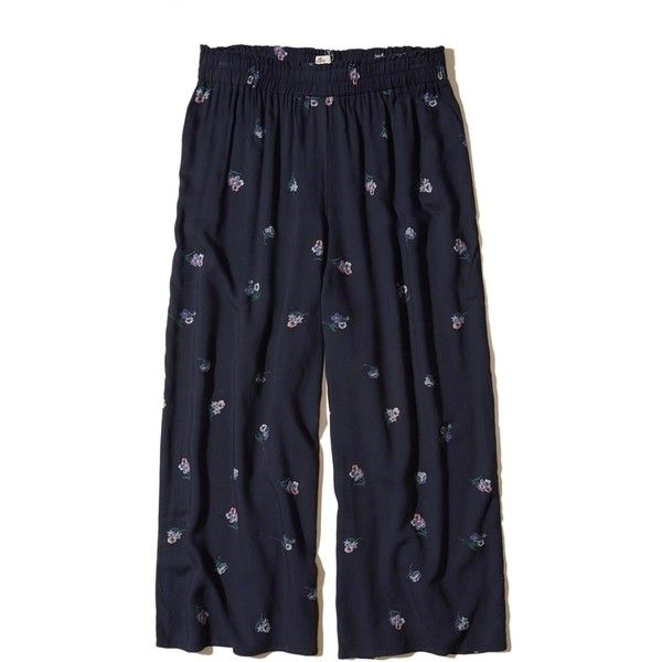 Hollister Smocked Waist Woven Gaucho Pants ($16) ❤ liked on Polyvore featuring pants, capris, navy floral, navy trousers, woven pants, floral print pants, floral pants and flower print pants