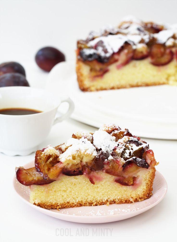 Tradycyjny przepis na lekkie, letnie i pyszne ciasto z dużą ilością śliwek. Z kilku zaledwie podstawowych składników, które zawsze ...