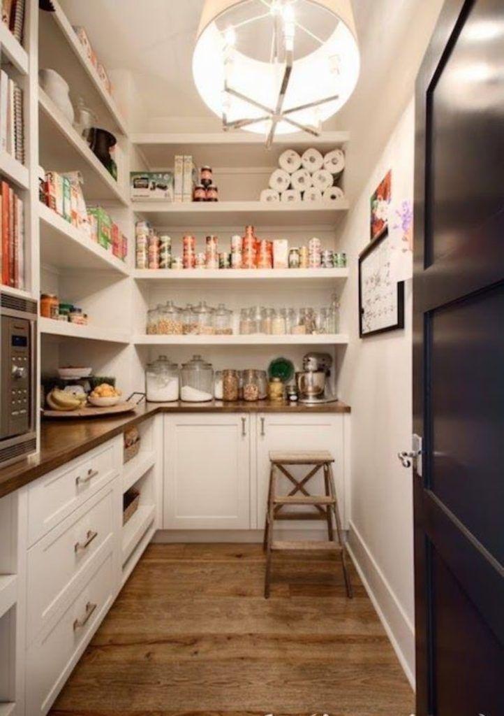 Amenagement Cellier Idees Conseils Pour Une Arriere Cuisine Organisee Deco Garde Manger Rangement Cellier Rangement Garde Manger