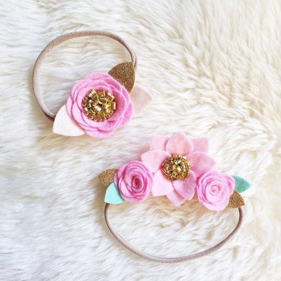 Mini corona de flor de fieltro / / color de rosa oro y menta