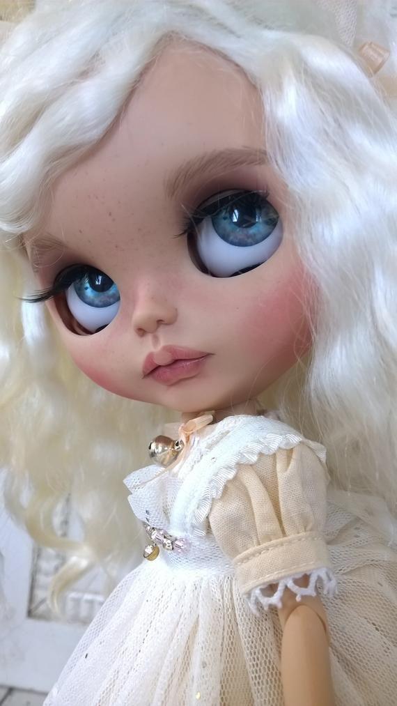 BLYTHE Custom OOAK Weft reroot Mohair White