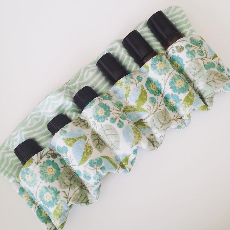 That should stop the clinking bottles in my bag. #craftanoon #sewing #essentialoils