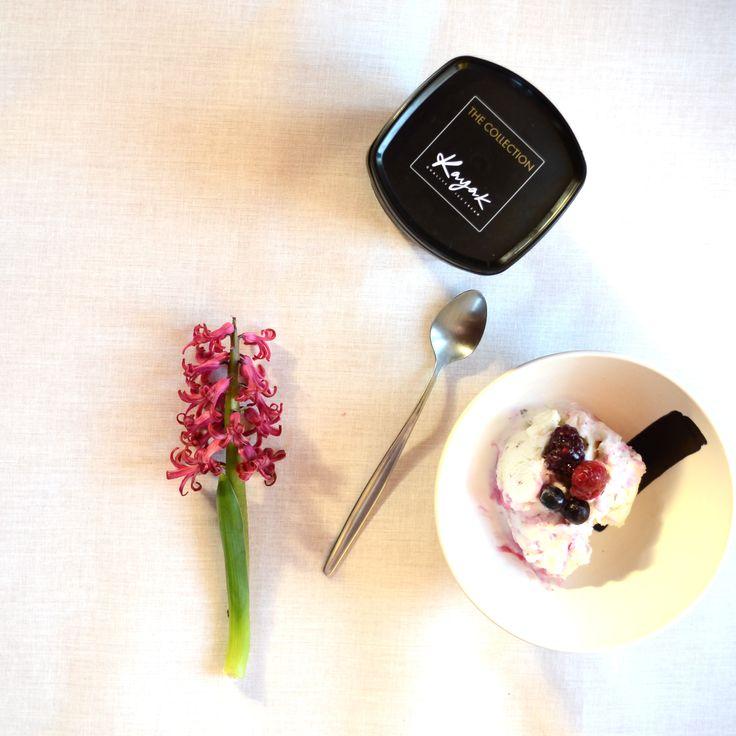 Kayak Frozen Yogurt with Nuts & Berries!