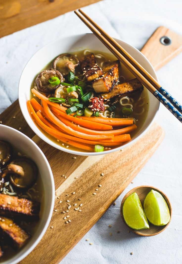 Groene meisjes - weekmenu Indonesisch met vegan ramen Noodle soup