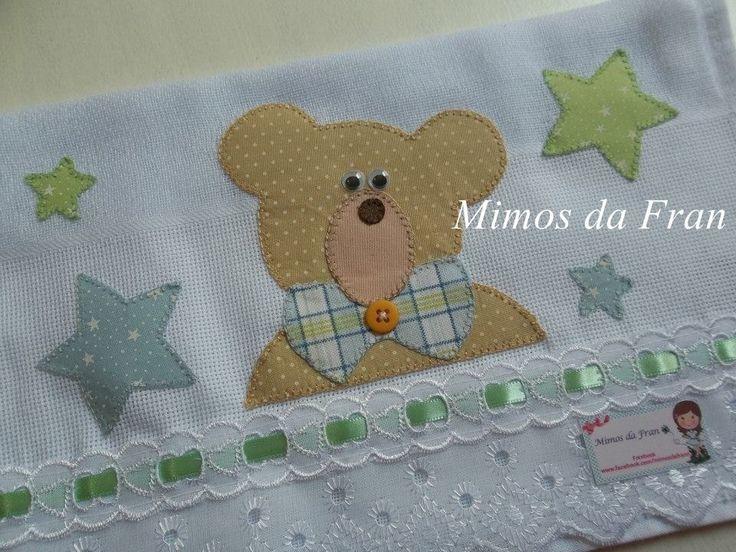 Produto confeccionado com tecidos 100% algodão <br>Bordado em Patch Apliquê ursinho nas estrelas <br>Fraldinha de boca