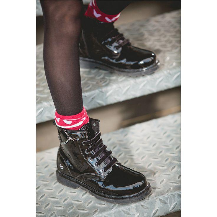 Bottillons noir vernis à lacets, zip et chaine fantaisie Orchestra  ●●● shoes by Orchestra
