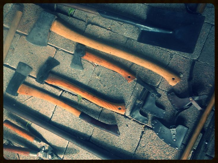 https://flic.kr/p/AbVVFT | Oiling wooden handles ..