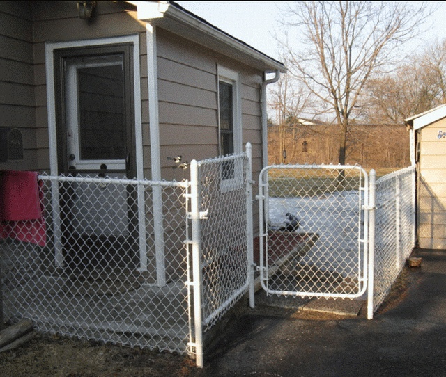 Images about home fencing on pinterest farm fence