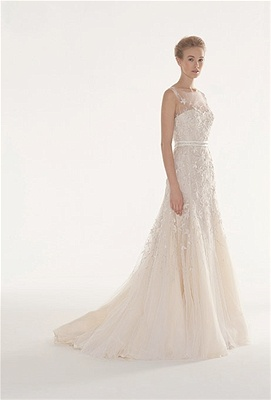 Courtesy of Langner Couture/ this is so pretty, for someone like my daughter if she ever marries again :)