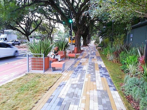 Benedito Abbud e Felipe Abbud  | Calçada e Entrada Principal