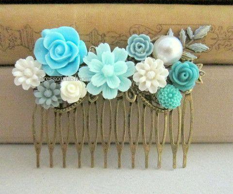 blauw parel lichtblauw aqua cadeau bruiloft bruid haarkam accessoire ivoorkleur grijs wit creme bloemen elegant romantisch bruidsmeisje