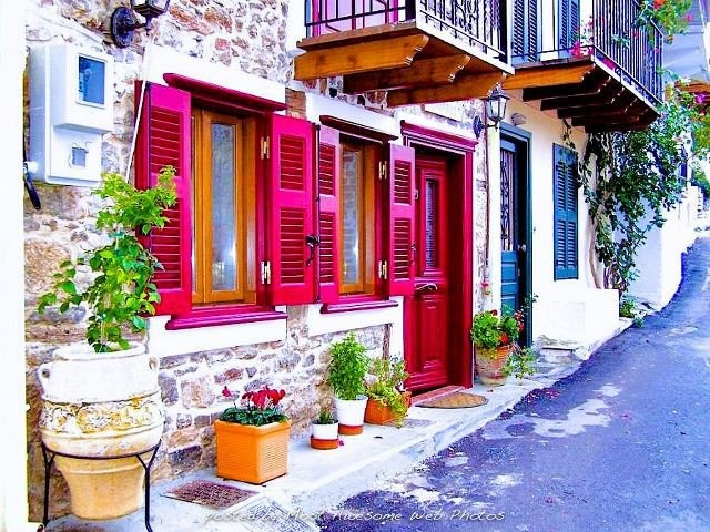 Bright: Red Doors, Dreams Home, Buckets Lists, Favorite Places, Window, Color, Beautiful Places, Beautiful Greece, Shutters