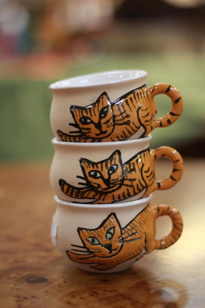 En liten kopp med katter, cute cups with kitties