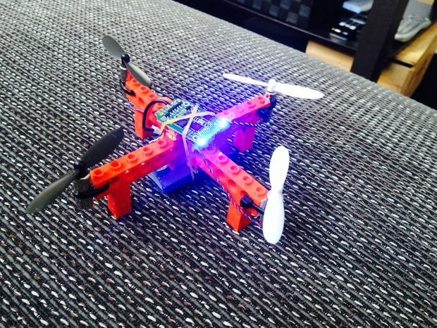 Picture of Cheap flying Lego quadcopter
